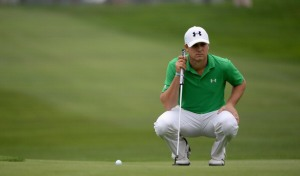 LA JOLLA, CA - JANUARY 24:  Jordan Spieth assesses a putt on the 9th green during the second round of the Farmers Insurance Open on Torrey Pines South on January 24, 2014 in La Jolla, California.  (Photo by Robert Laberge/Getty Images)
